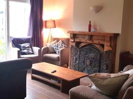 Ethan House, apartment in Killarney