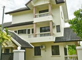 Taman Mawar, hotel near The Empire Golf Course, Bandar Seri Begawan
