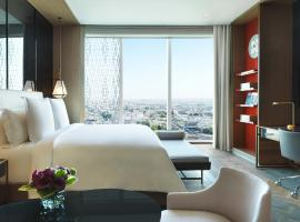 Four Seasons Hotel Kuwait at Burj Alshaya, hotel in Kuwait