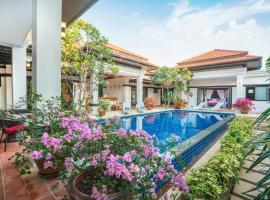 Jewels Villas Phuket, hotel near Two Heroines Monument, Bang Tao Beach