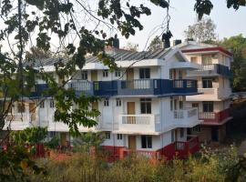 Cosy and Airy 1 bhk Apartment near Bogmalo beach, hotel in Vasco Da Gama
