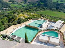 Castello di Velona - The Leading Hotels of the World, отель в Монтальчино