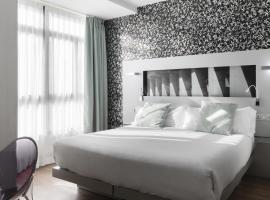 Petit Palace Plaza Mayor, hotel blizu znamenitosti Laguna Metro Station, Madrid