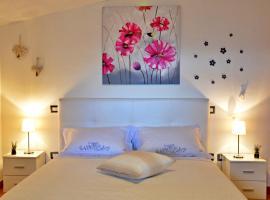 Appartamento Sa Plassa, hotel in zona Spiaggia di Cala Goloritze, Baunei