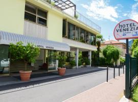 Hotel Venezia, hotel in Riva del Garda