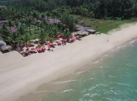 Andamania Beach Resort, Khaolak, отель в городе Кхаулак