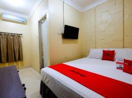 RedDoorz @ Jalan Setiabudi Semarang, hotel near Gombel Golf, Semarang