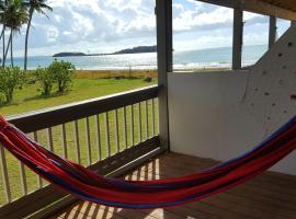 Chalet Olas del Sol, cabin in Punta Santiago