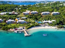 Grotto Bay Beach Resort, hotel in Tucker's Town
