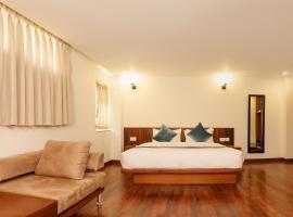Timber House, отель в Катманду