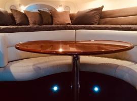 Privāta brīvdienu naktsmītne Luxury on the water (Private luxurious boat) Melburnā