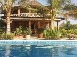 Villa Pat & Diouma, hotel in Somone