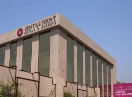 Centre Point Navi Mumbai, hotel in Navi Mumbai