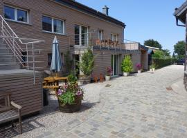 Burgseehof Residence de Vacances, self catering accommodation in Butgenbach