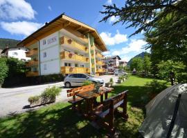 Mason La Zondra, serviced apartment in Vigo di Fassa