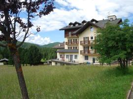 Smy Bellamonte Dolomiti, hotel in Predazzo