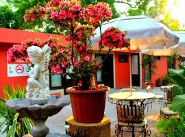Posada Los Ahuehuetes, отель в городе Сан-Хуан-Теотиуакан