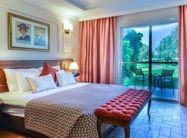 מלון פסטורל - כפר בלום, מלון בכפר בלום