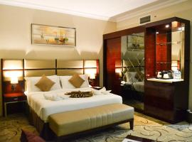 Al Salam Grand Hotel, hotel near Sharjah Golf and Shooting Club, Sharjah