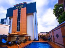 Joygate Hotel & Suites, отель в Лагосе