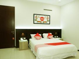 OYO 493 Permata Jingga AA 19 Boutique Syariah, hotel near Tlogomas Recreation Park, Malang