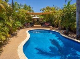 Ningaloo Lodge Exmouth, guest house in Exmouth