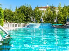 Hotel Smeraldo, отель в Лацизе