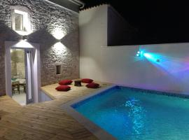 Apartments Labirint Queen, hotel with pools in Medulin