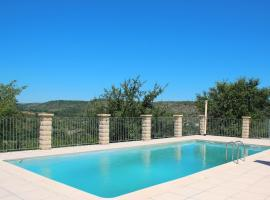 Peaceful Holiday Home in Les Vans, Ardeche with Pool, hotel in Les Vans