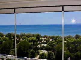 Sea horizon penthouse flat, hotel near Ship Museum Averof, Athens