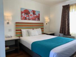 Sandyland Reef Inn, motel in Carpinteria