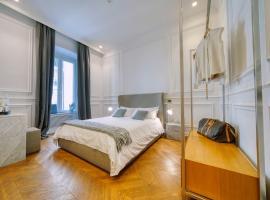 Via Chiodo Luxury Rooms, luxury hotel in La Spezia