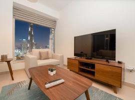 Panoramic Burj Khalifa View 2 Bedroom Apartment, Burj Views Tower, hotel conveniente a Dubai
