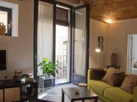 Can Pauet Apartaments, hotel near Fishing Museum, Palamós