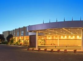 Hotel Marina Villa del Rio, hotel in Valdivia