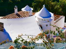 La Casa Turquesa-Original, villa in Frigiliana