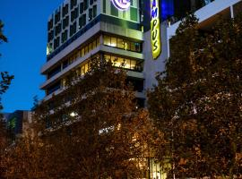Hostel G Perth, hotel in Perth