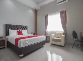 RedDoorz near Islamic Center Samarinda, hotel di Samarinda