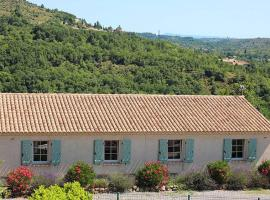 Cosy Holiday Home in South of France with Private Garden, hotel in Les Vans