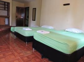 Hotel Ayacucho Real, hotel cerca de Monumento a la raza, Medellín