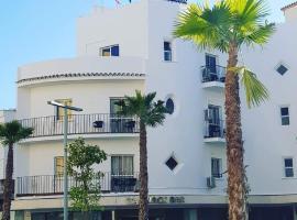 Kristal, hotell nära Aqualand Torremolinos, Torremolinos