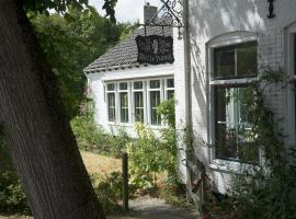 In de witte handt, B&B in Midsland