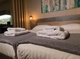Wisdom Residence Luxury Apartments at Plaka, luxury hotel in Athens