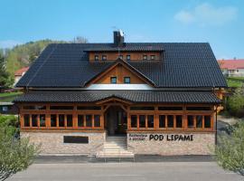 Restaurace a penzion Pod Lipami Metylovice, guest house in Metylovice