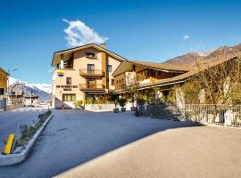 Hotel Pezzoli1938, hotel ad Aosta