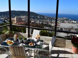 Saronida Sea View with pool, apartment in Anavissos