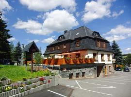 Hotel Vierenstraße, hotel near Skiareal Klinovec, Neudorf