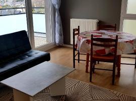 t2 lumineux avec balcon, appartement à Saint-Malo