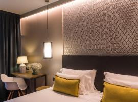Up Rooms Vic Hotel, hotel familiar en Vic