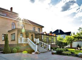Tarasovo House, hotel in Pervomayskoye